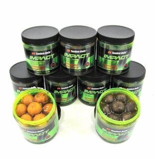 Boilies TANDEM BAITS  Impact Boosted Hookers 22mm/200ml - BANÁNOVÝ KRÉM